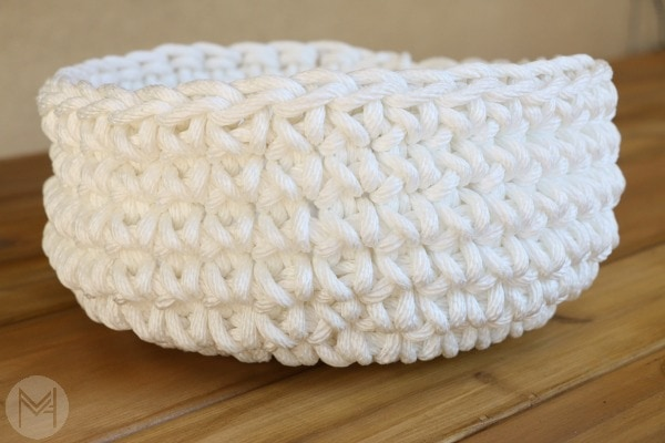 crochet simple basket
