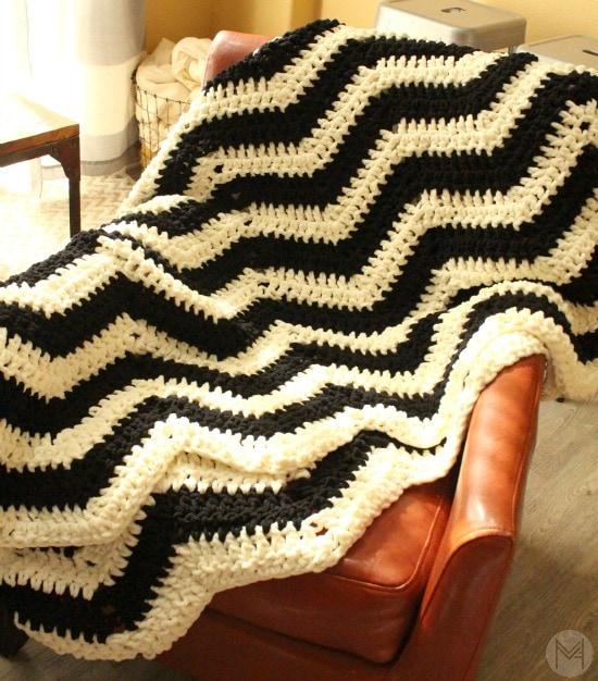 Easy crochet chevron blanket tutorial dt1010fo