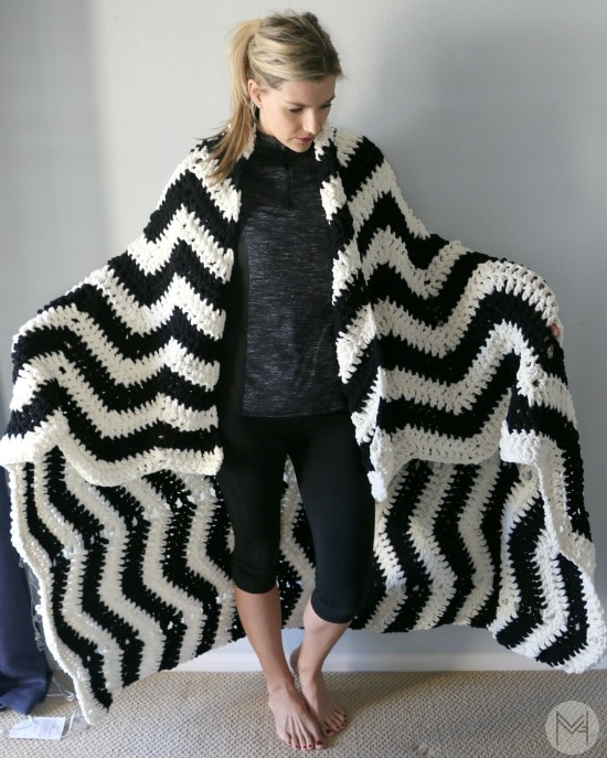 Easy Crochet Chevron Blanket Tutorial Enchanting Bernat Blanket Yarn Crochet Patterns