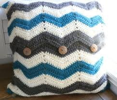 Crochet Chevron Pillow Tutorial!