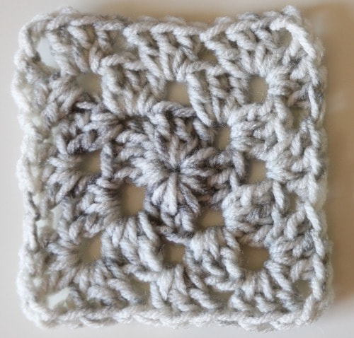 one color granny square crochet