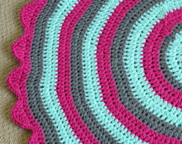 flower petal crochet edge