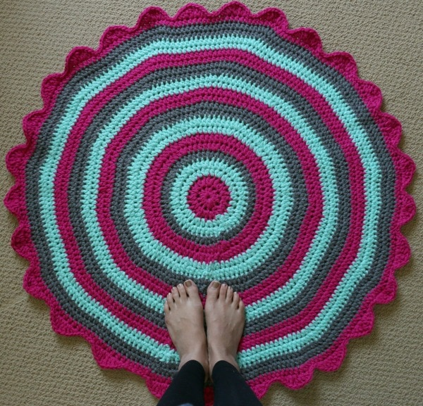 how to crochet a rug