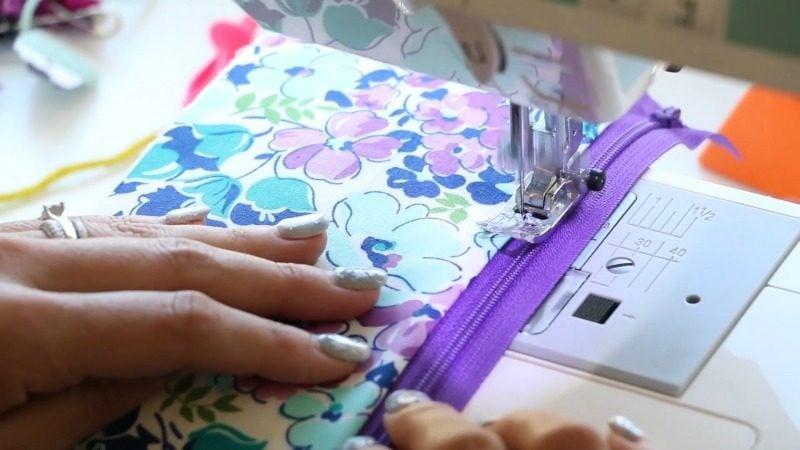 top stitch zipper