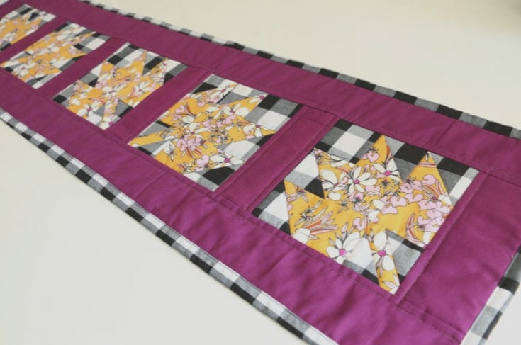 Quilted Table Runner - Modern Maple Leaf