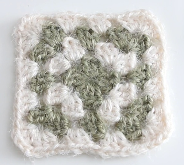 Traditional Granny Square Pattern Tutorial