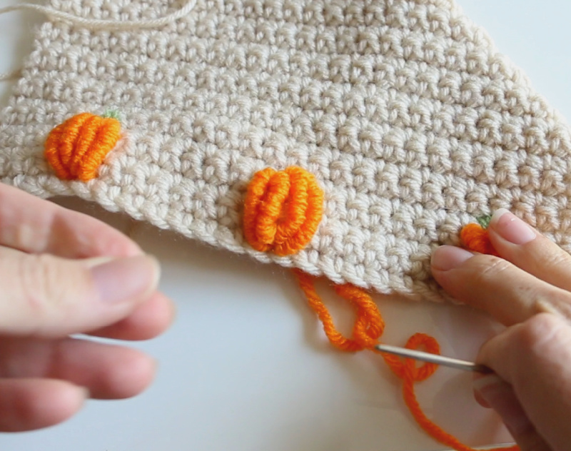 yarn pumpkin